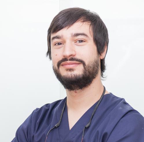 Dr. Roberto Lorenzo